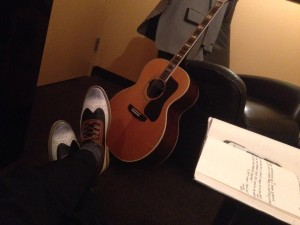 Kickin' back in the Green Room before the show.  Check out those shoes!